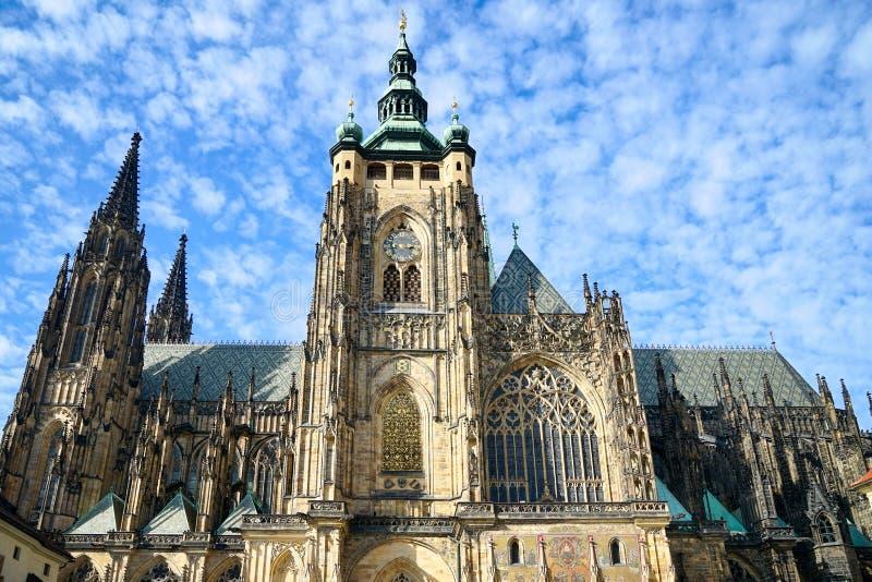 PRAGUE/CZECH REPUBLIEK 24 SEPTEMBER: Mening van St Vitus Cathedral royalty-vrije stock afbeeldingen