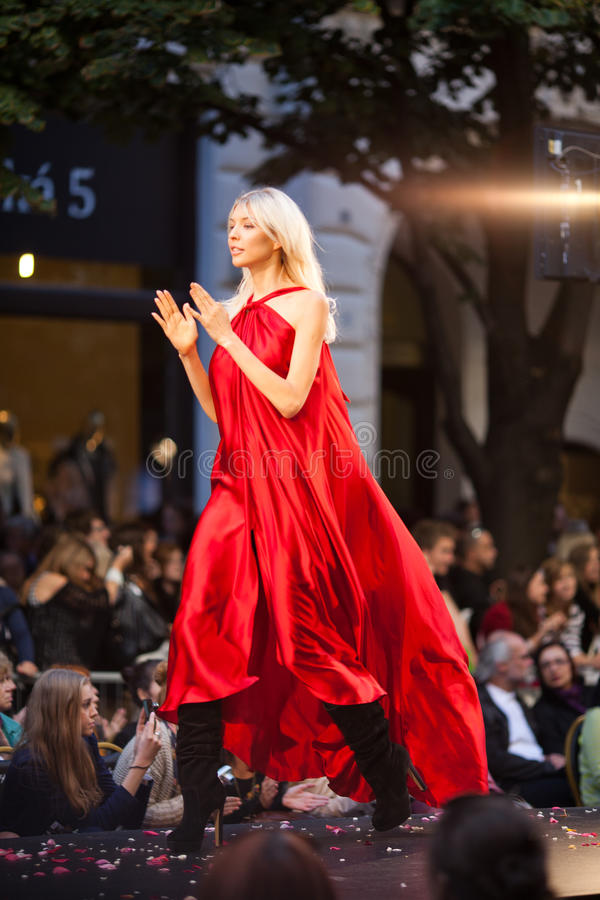 Download Prague Fashion Weekend On September 24, 2011 In Pr Editorial Image - Image: 21319795