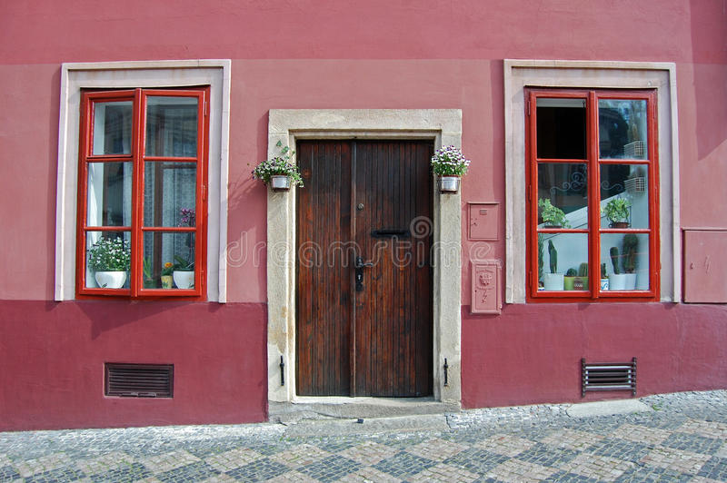 Prague Hradchany färgrik bakgrund arkivfoton