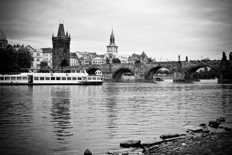 Prague i svartvitt royaltyfri foto