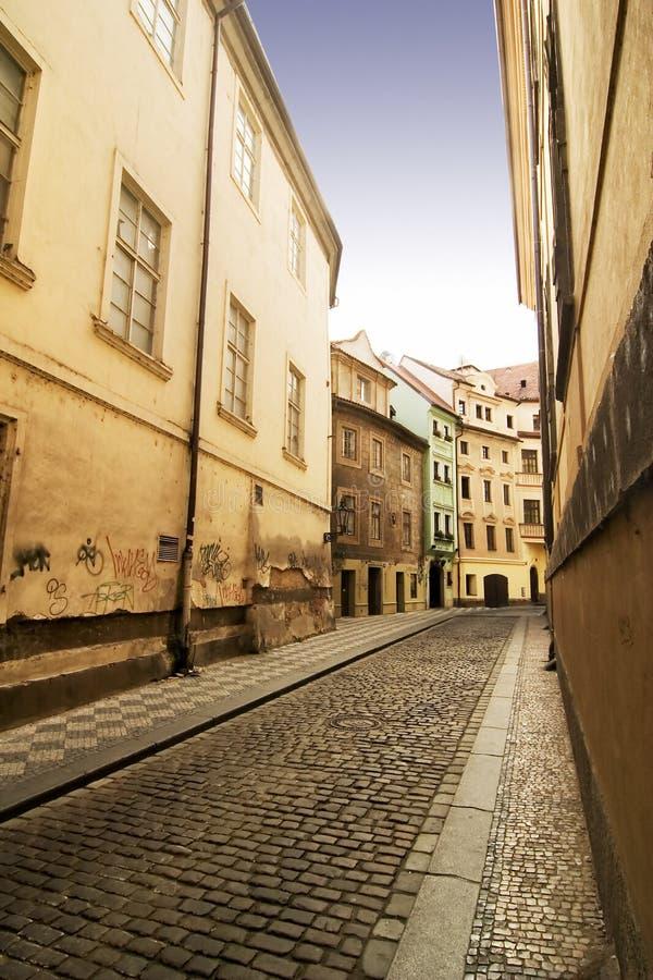 prague pittoresk gata fotografering för bildbyråer