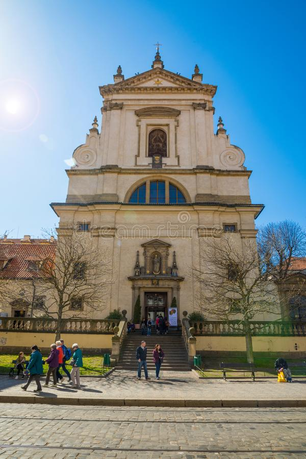 Prague, République Tchèque - 09 04 2018 : Église de Vierge Marie de victoire sur la rue carmélite à Prague photo stock