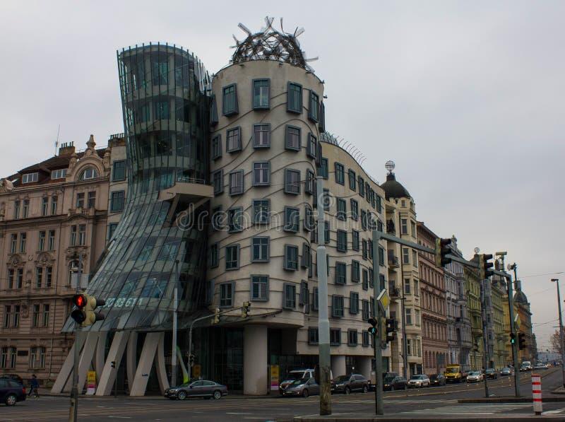 Prague, République Tchèque, novembre 2016 : Maison de danse à Prague un jour nuageux d'automne Bâtiments rares à Prague image libre de droits