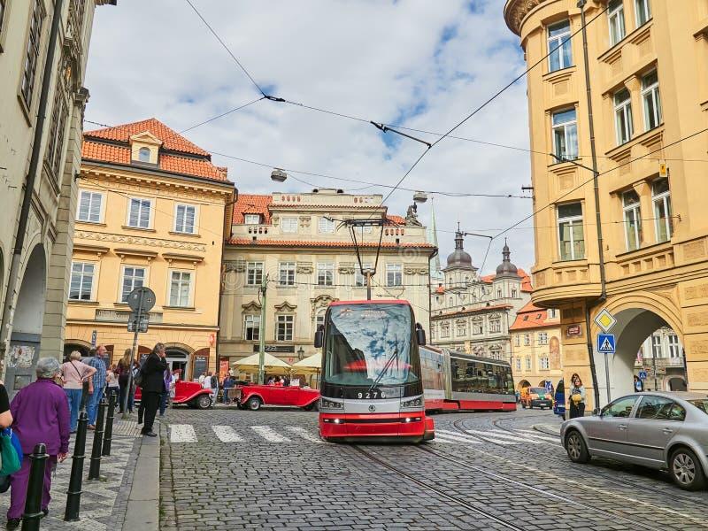 PRAGUE, RÉPUBLIQUE TCHÈQUE - 6 SEPTEMBRE 2017 Bâtiments et rues de Prague, République Tchèque image libre de droits