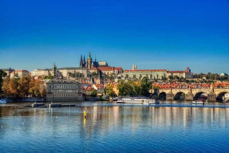 Prague sikt av den Prague slotten arkivfoto