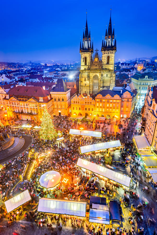 Prague Tjeckien - julmarknad royaltyfri fotografi