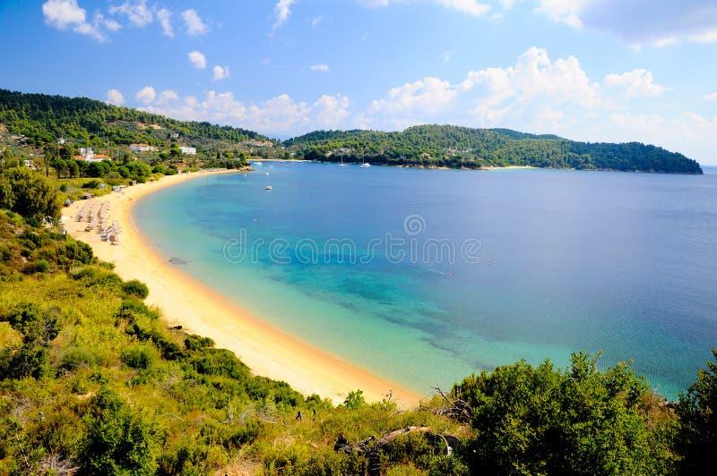 Download Praia foto de stock. Imagem de nuvens, azul, água, relaxe - 26502256