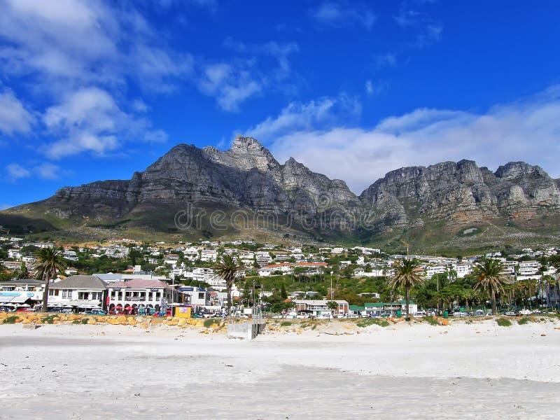 A praia acampa baía, Cape Town, África do Sul fotos de stock