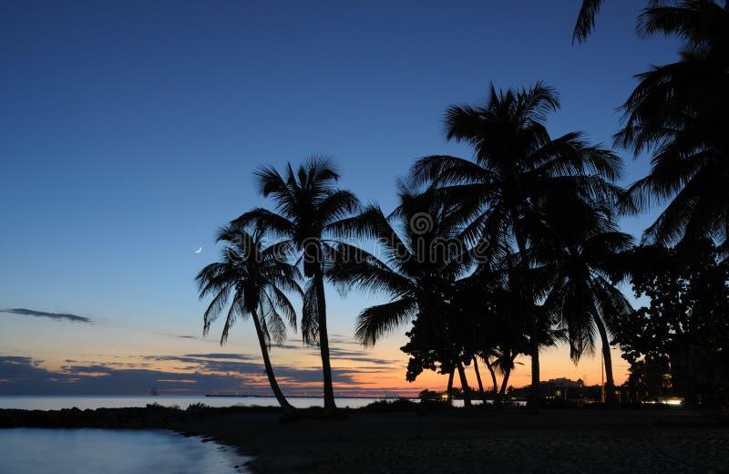 Praia após o por do sol, Florida de Key West imagem de stock
