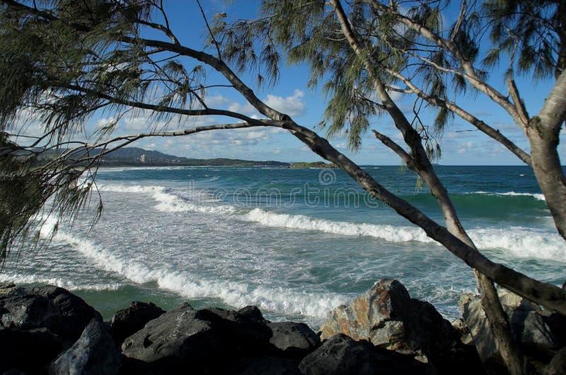 Download Praia australiana foto de stock. Imagem de oceano, nuvens - 538590