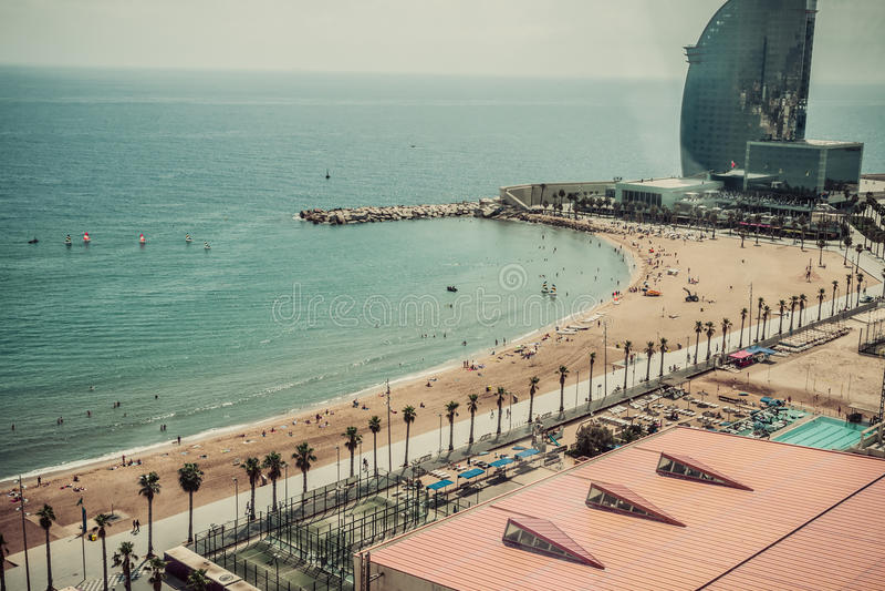 Praia Barcelona do café. Catalonia, Espanha foto de stock royalty free