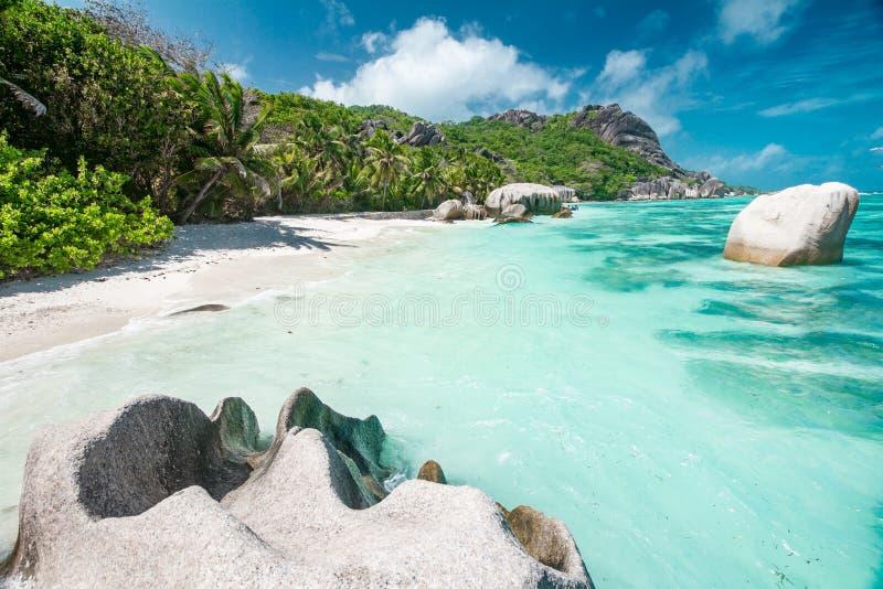 Praia bonita de Seychelles fotos de stock royalty free
