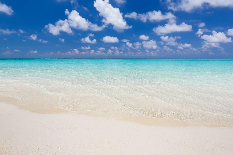 Praia bonita do oceano fotos de stock royalty free