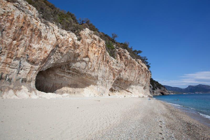 Praia bonita em Cala Luna, Sardinia imagem de stock