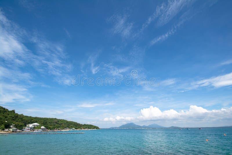 Praia bonita na ilha de Samed foto de stock