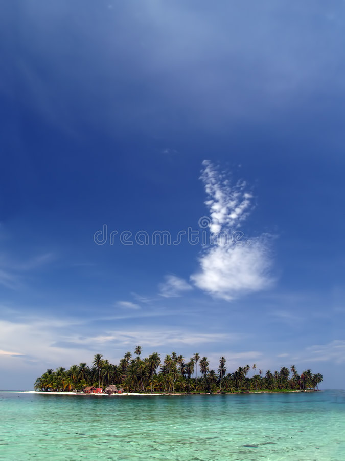 Praia branca tropical do Cararibe da areia imagem de stock royalty free