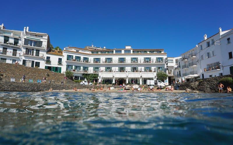 Praia Cadaques Costa Brava Spain do hotel da margem imagem de stock royalty free