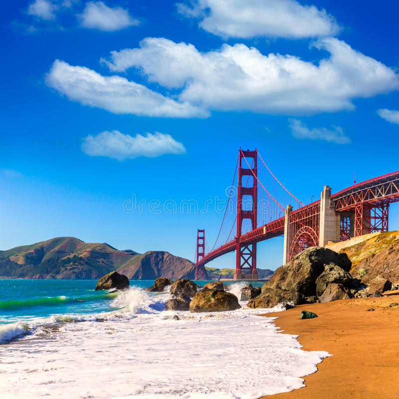 Praia Califórnia de San Francisco Golden Gate Bridge Marshall imagens de stock royalty free