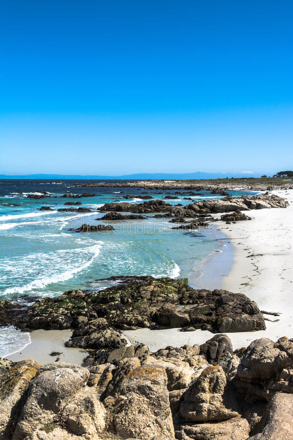 Praia da areia de Monterey, Califórnia imagem de stock