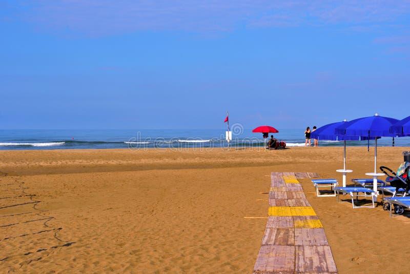 Praia da areia no paestum Cilento Itália fotografia de stock royalty free