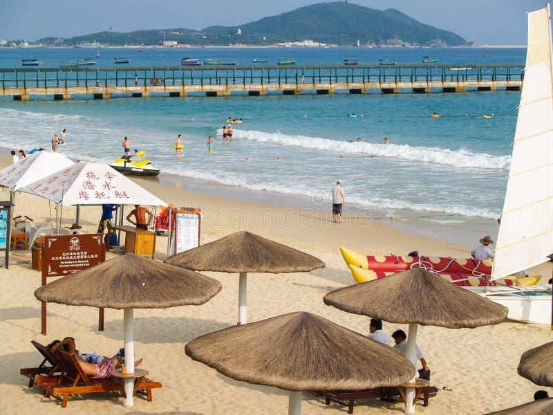 Praia da baía de Yalong na ilha de Hainan fotos de stock