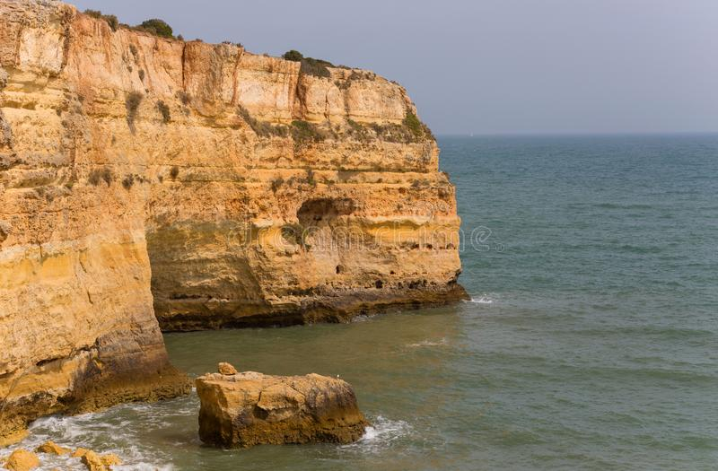 Praia da Marinha royaltyfri foto