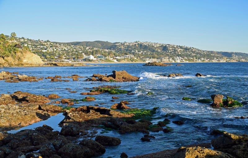 Praia da pilha da rocha, parque de Heisler e Laguna Beach, Califórnia imagem de stock royalty free