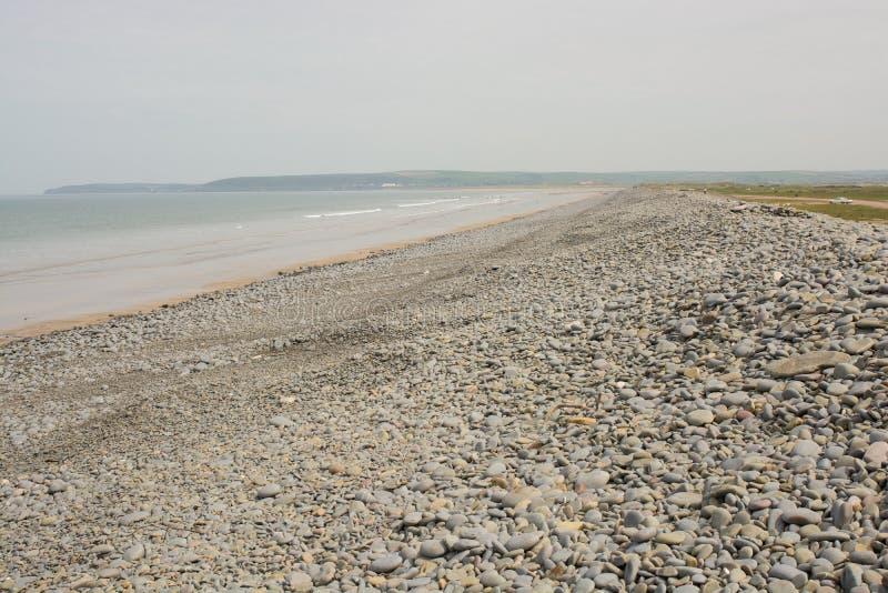 Praia da telha em na direção ocidental Ho! , Devon, Inglaterra fotografia de stock
