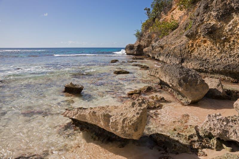 Praia das caraíbas em Guadalupe fotos de stock