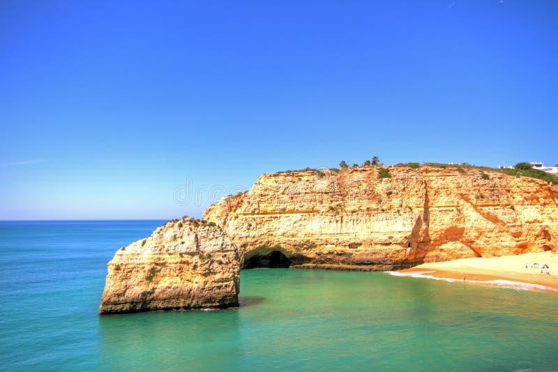 praia de Португалии benagil algarve стоковое изображение