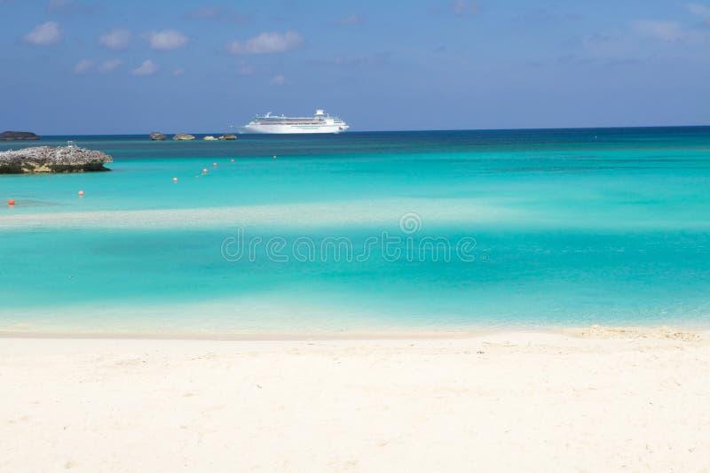 Praia de Bahamas imagens de stock royalty free