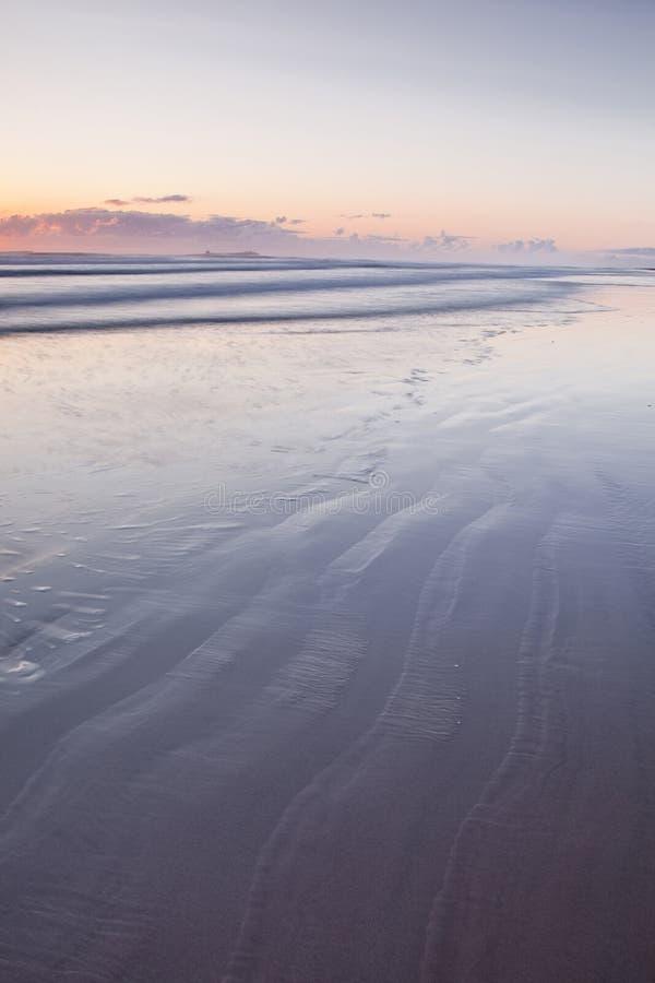 Praia de Bamburgh fotos de stock royalty free