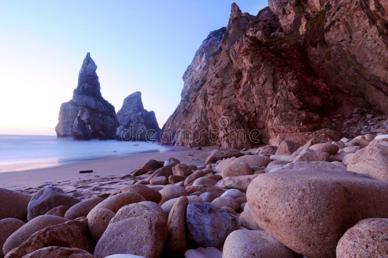 Praia de Cabo a Dinamarca Roca foto de stock