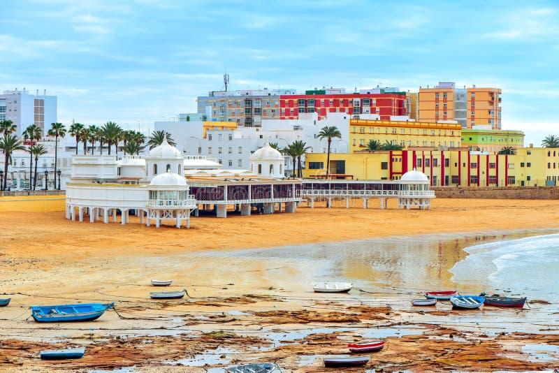 Praia de Caleta do La em Cadiz, Espanha imagem de stock royalty free