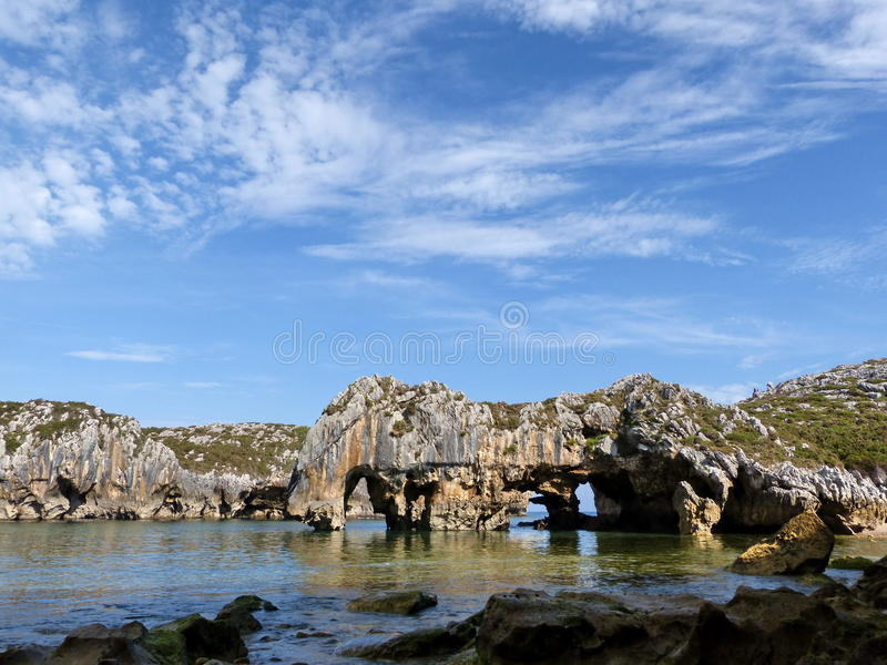 Praia de Cuevas Del Mar foto de stock