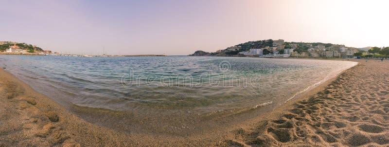 Praia de Guixols do feliu de Sant em Costa Brava imagem de stock royalty free