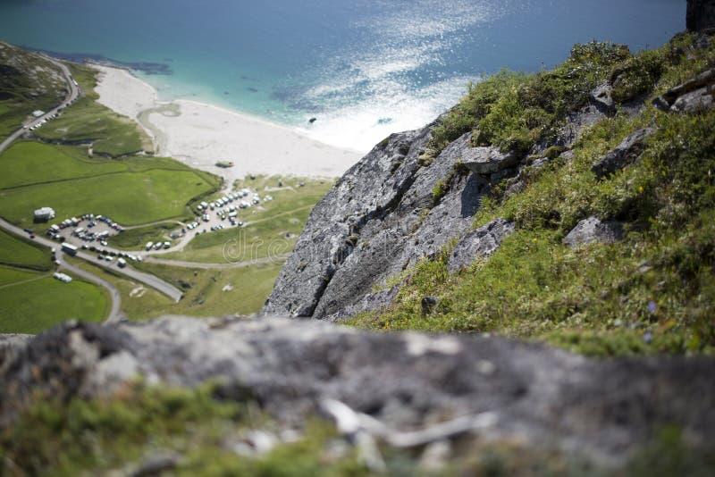 Praia de Haukland de cima de imagens de stock