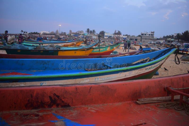 Praia de Kovalam na estrada Chennai da costa leste fotos de stock royalty free