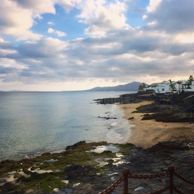 Praia de Lanzarote fotografia de stock