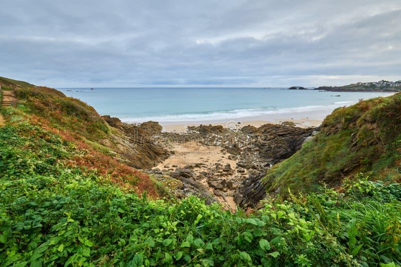 Praia de Longchamp entre o la Garde Guerin e Decolle do de do pointe do la fotografia de stock royalty free