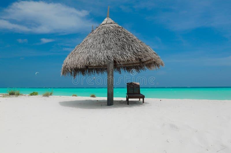 Praia de Maldivas imagens de stock royalty free