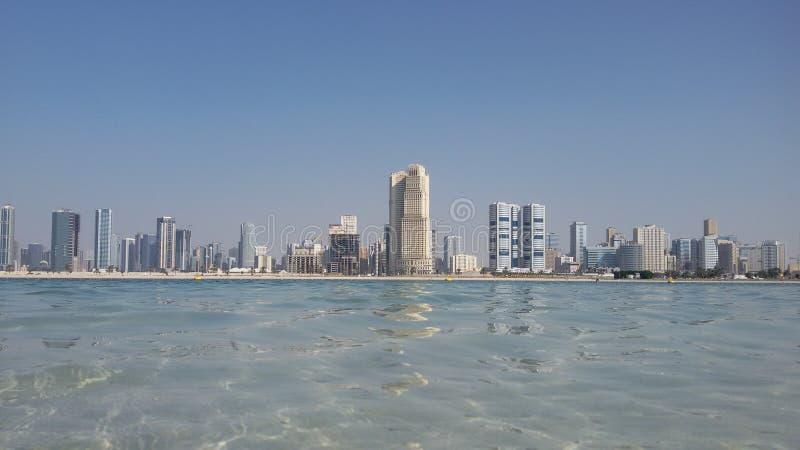 Praia de Mamzar, Dubai, UAE fotografia de stock royalty free