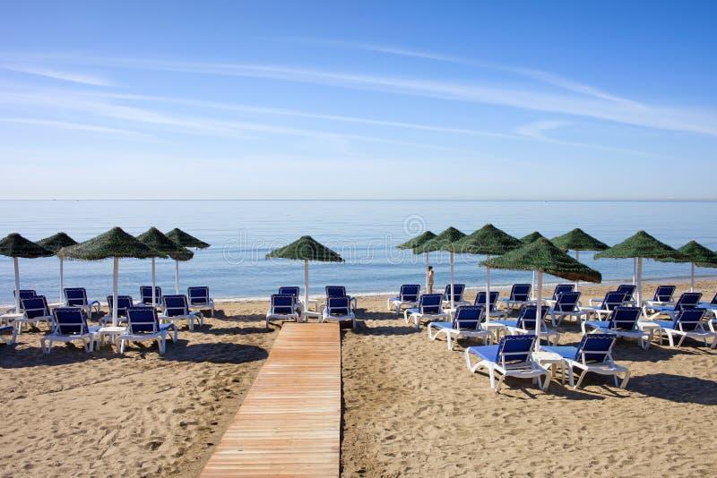 Praia de Marbella em Costa del Sol na Espanha foto de stock