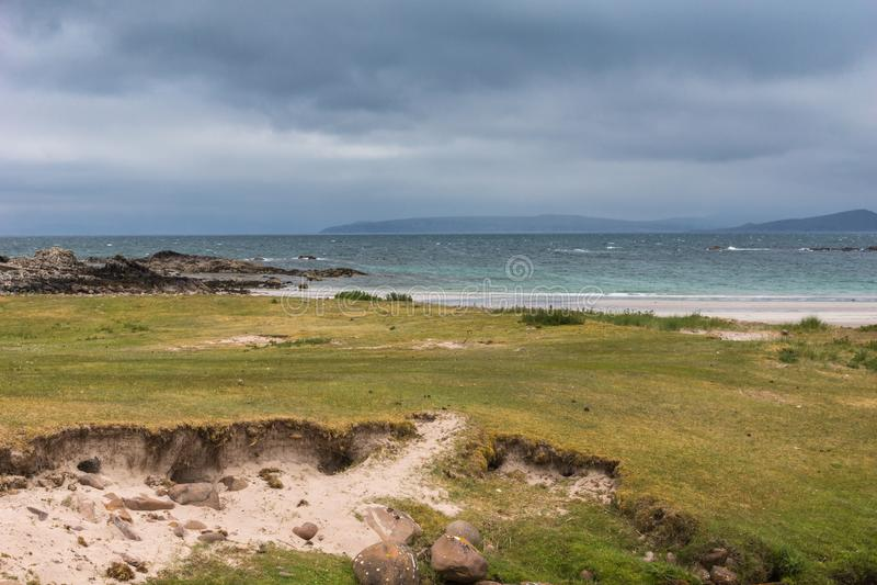 Praia de Mellon Udrigle em Oceano Atlântico, nanowatt Escócia foto de stock