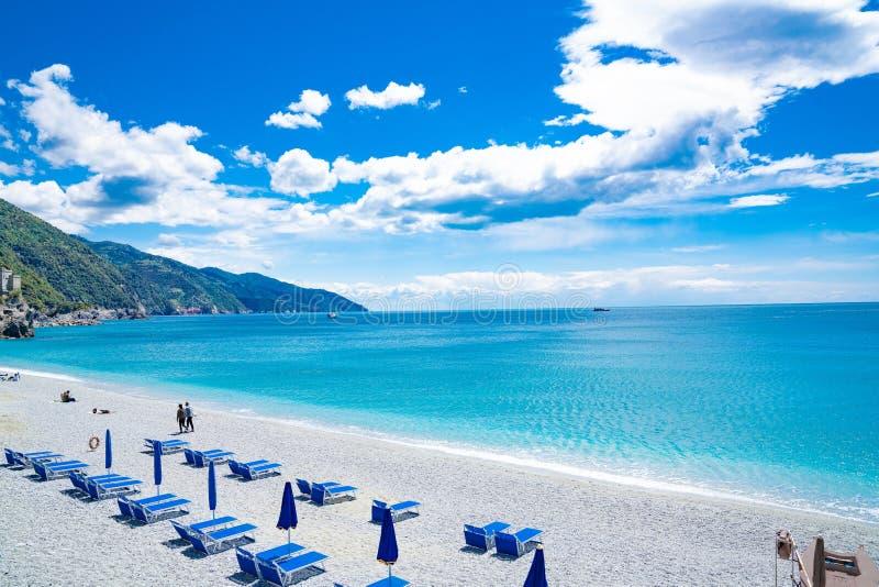 Praia de Monterosso, Cinque Terre, Itália foto de stock