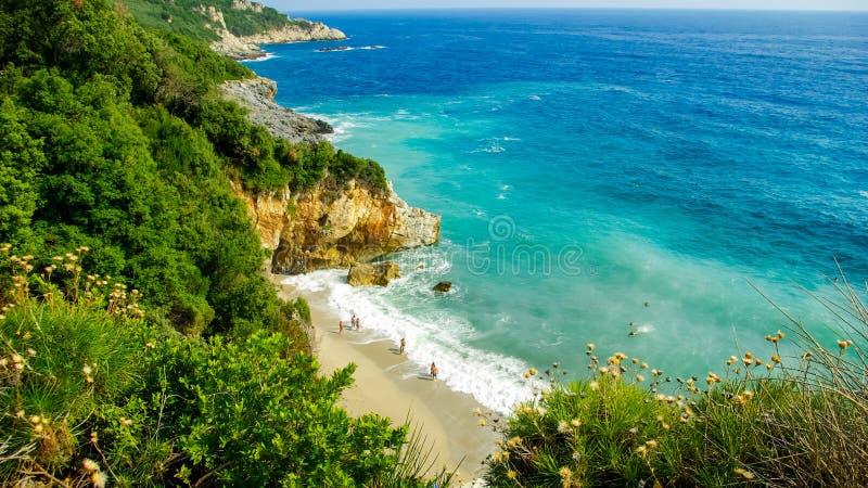 Praia de Mylopotamos, Pelion, Grécia imagem de stock royalty free