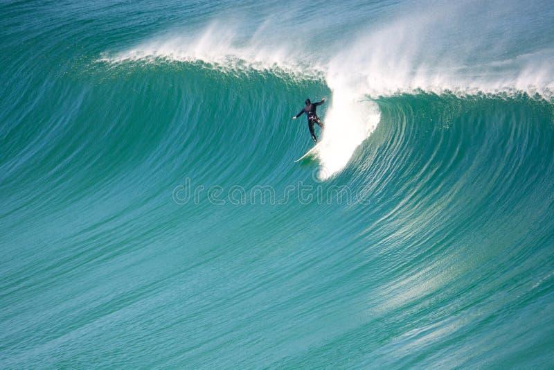 Praia de Noordhoek do surfista fotos de stock