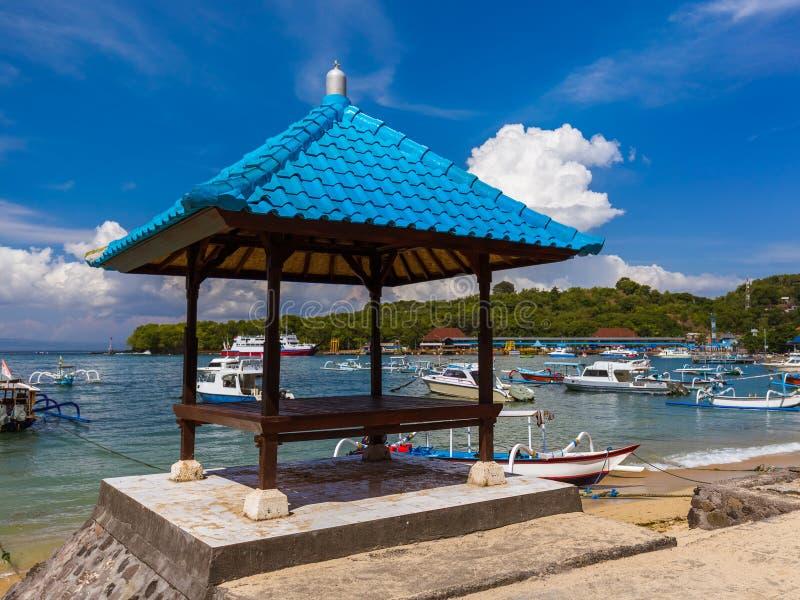 Praia de Padangbai - ilha Indonésia de Bali fotos de stock royalty free