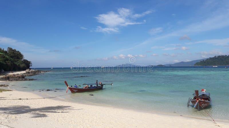 Praia de Pataya no lipe Tailândia do koh imagem de stock