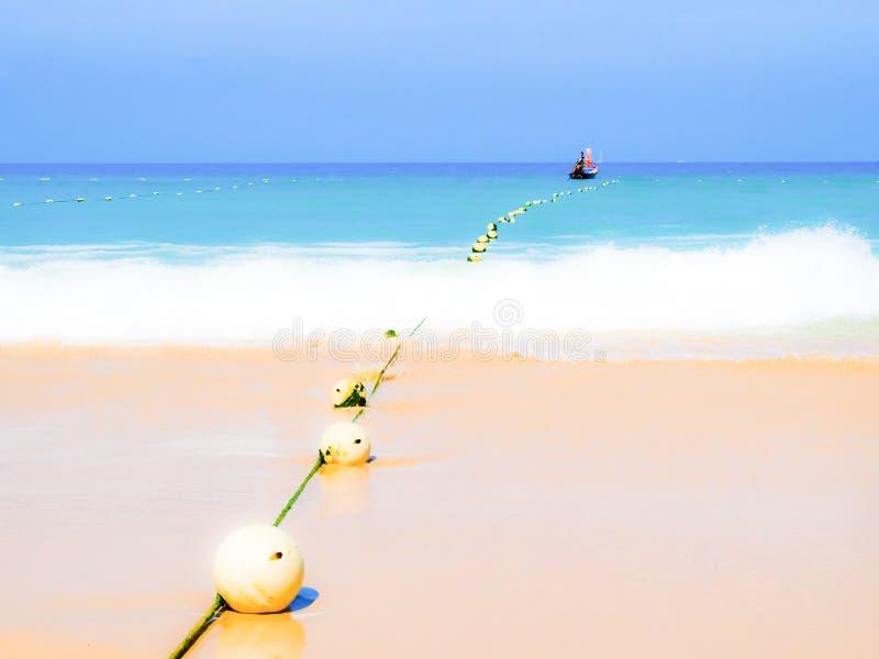 Download Praia De Patong Na Ilha De Phuket, Tailândia Imagem de Stock - Imagem de costa, espaço: 29825801